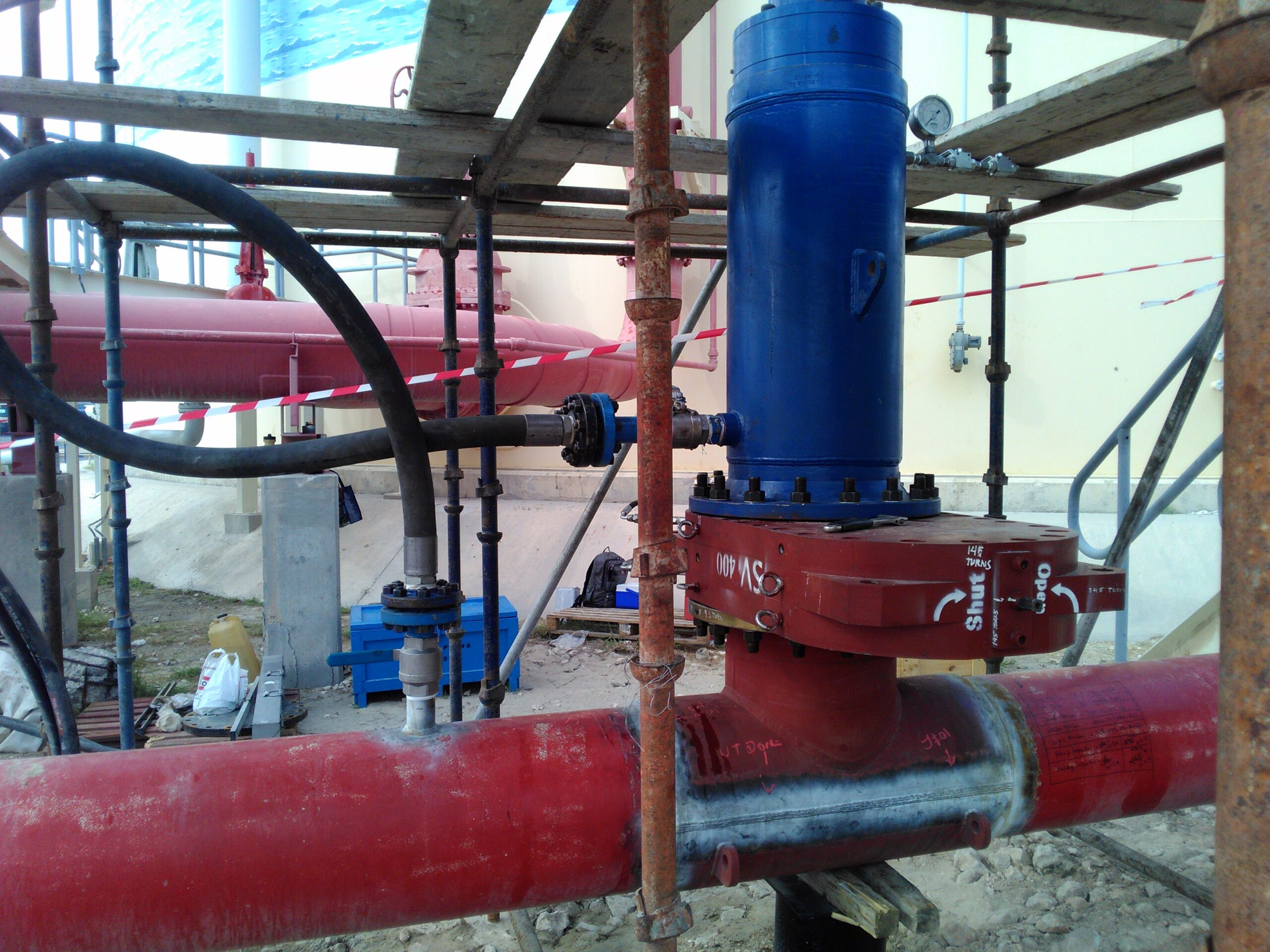 Gate valve replaced using customised mechanical head in a fire water cement line